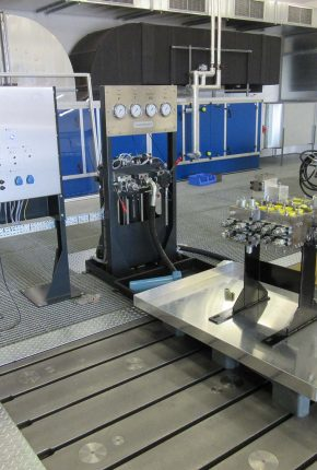 Testing hydraulic components on Multipurpose test rig