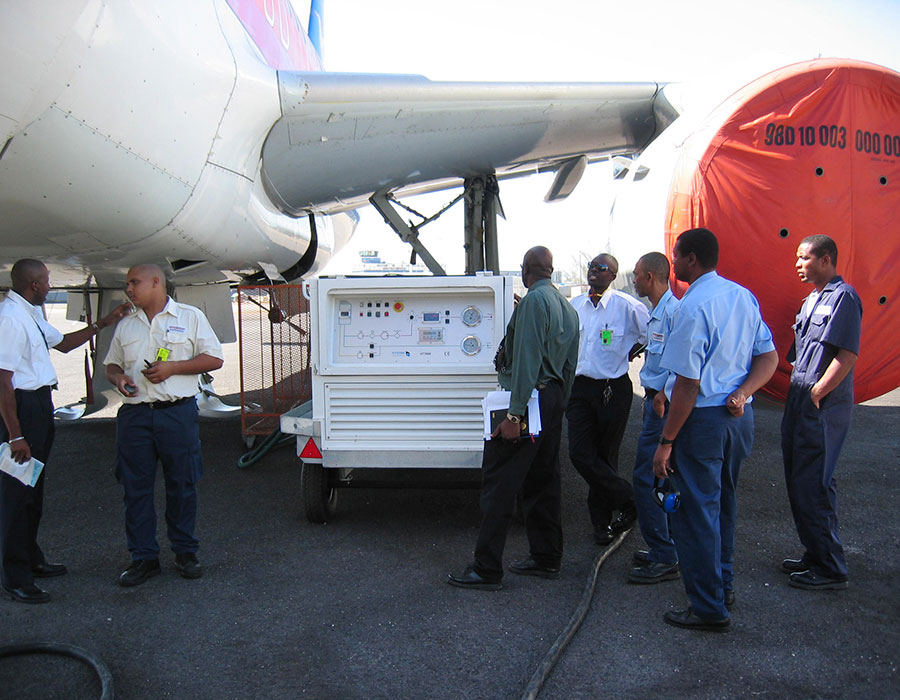 Training - how to use the Hycom ground support unit on narrow body, wide body and wide body 5000 psi aircrafts