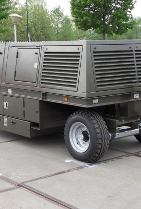Hydraulic maintenance equipment for military applications
