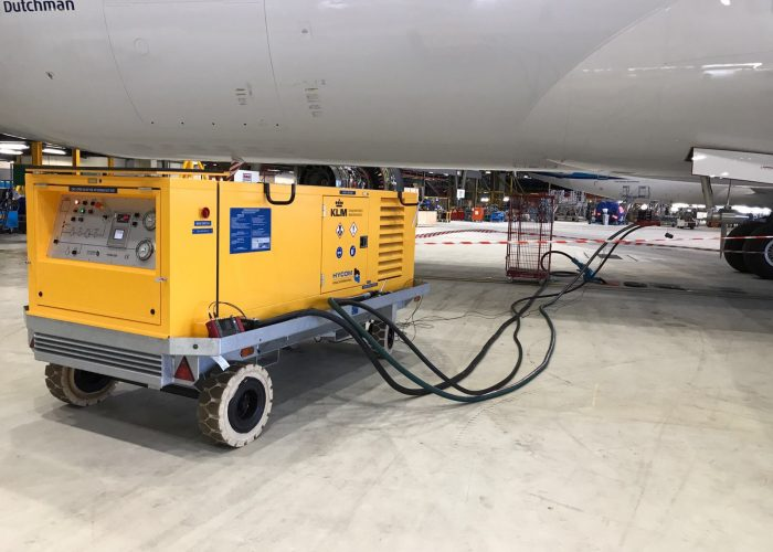 RAT test tool performing a RAT test on a B787 during aircraft maintenance